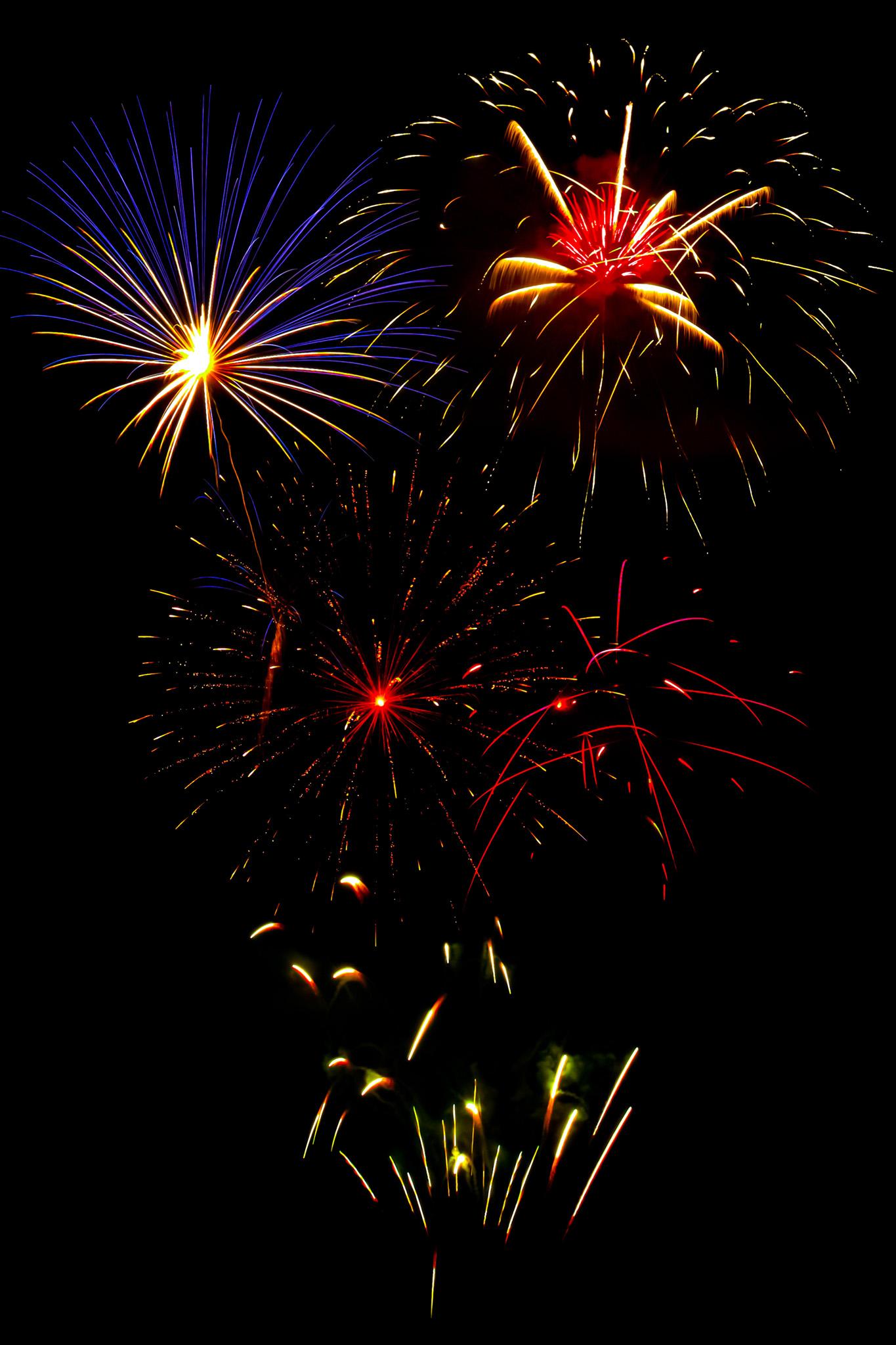 「夜空に広がる花火の撮影画像」のテクスチャを無料ダウンロード