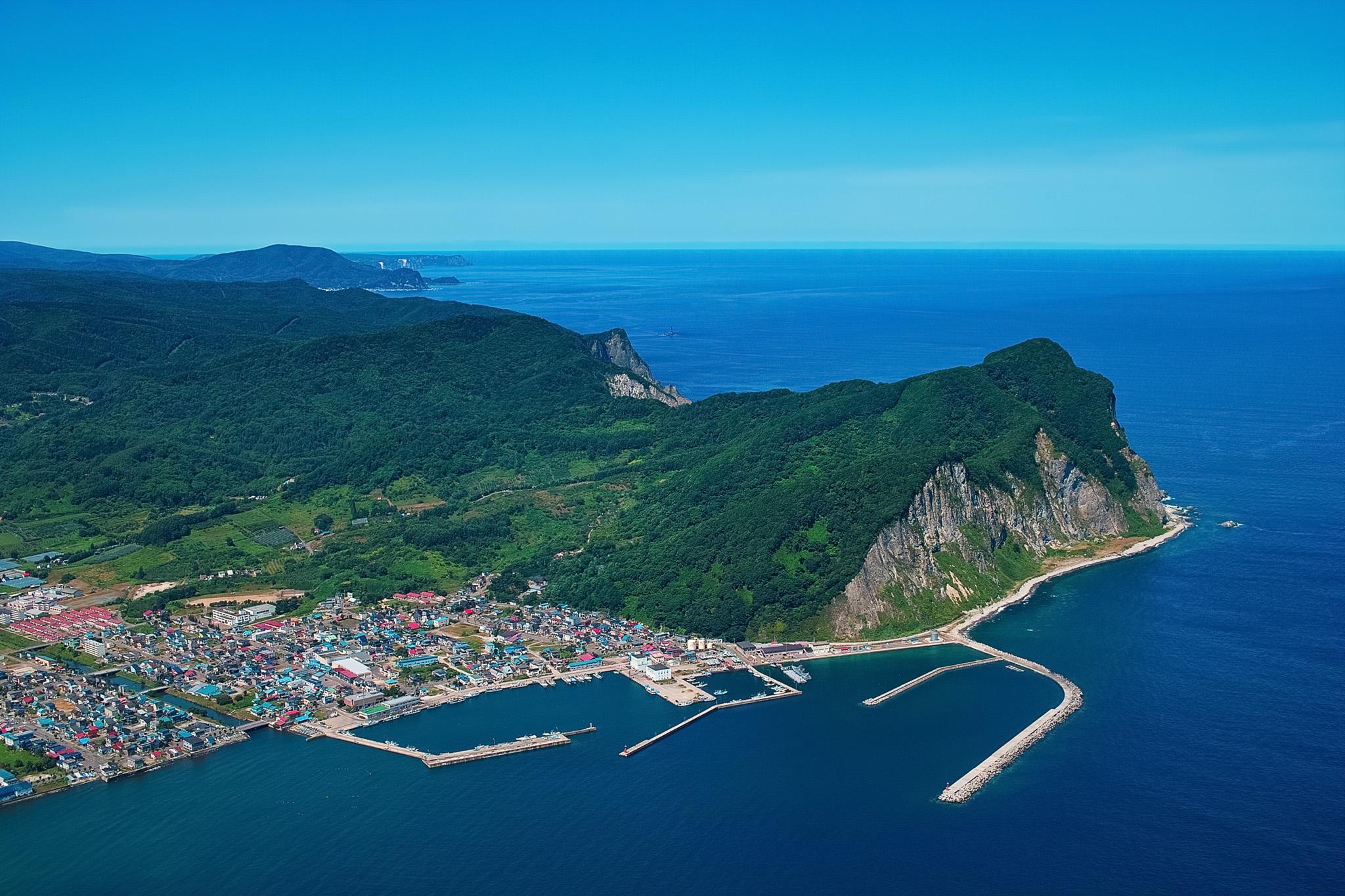岬のある港町