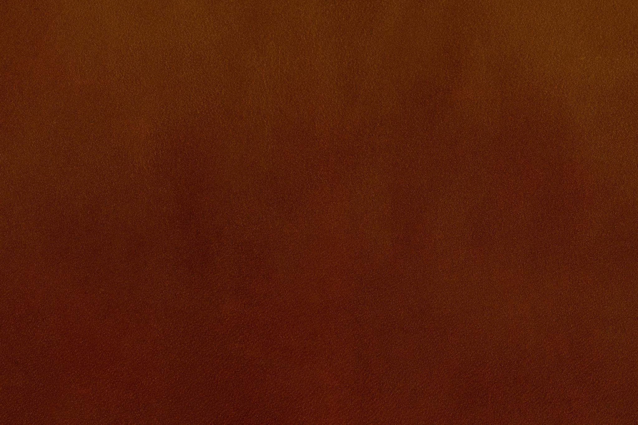 「オイルの薄いシミのある茶色いレザー」の素材を無料ダウンロード