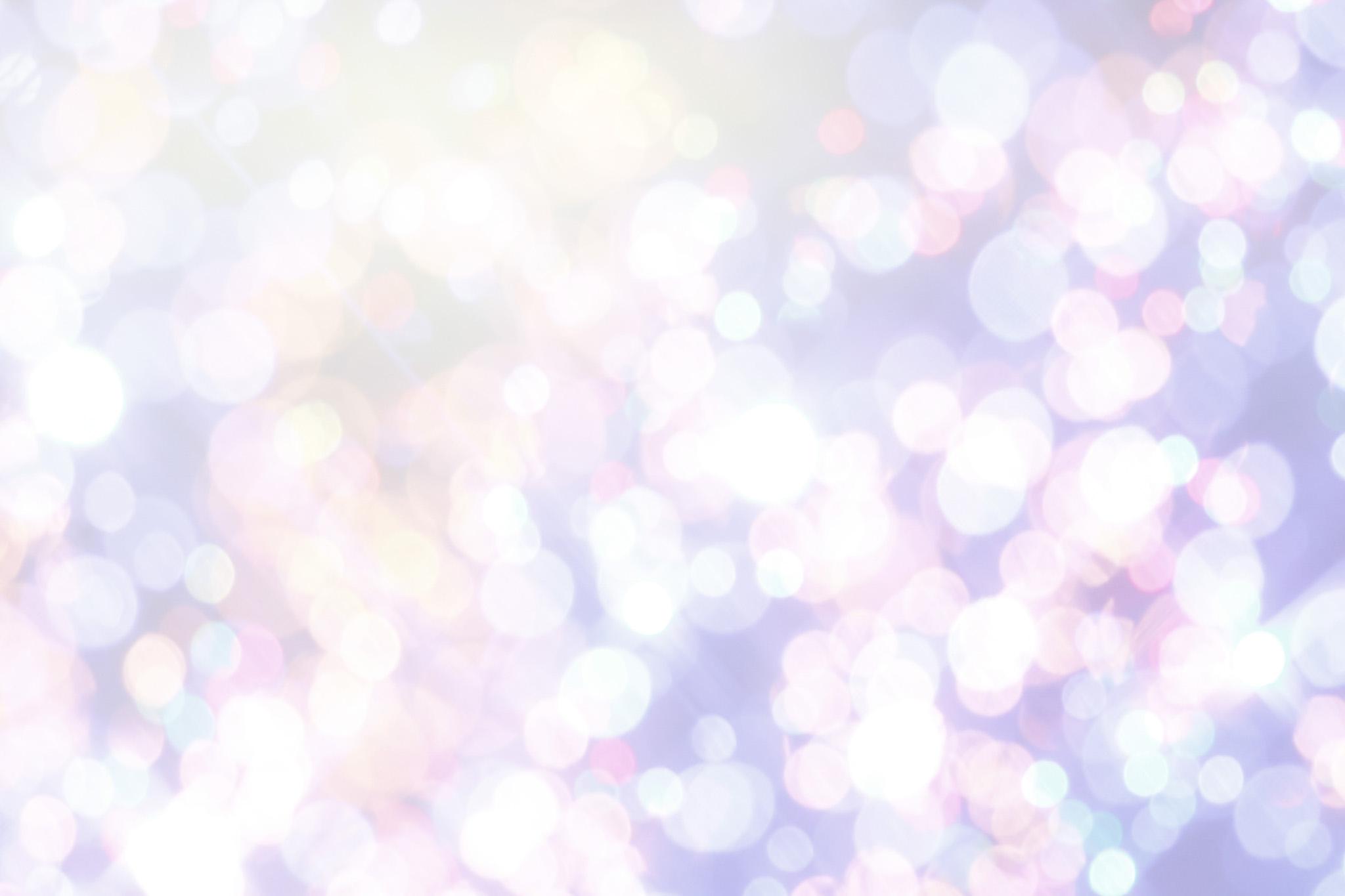 「輝く光の玉」