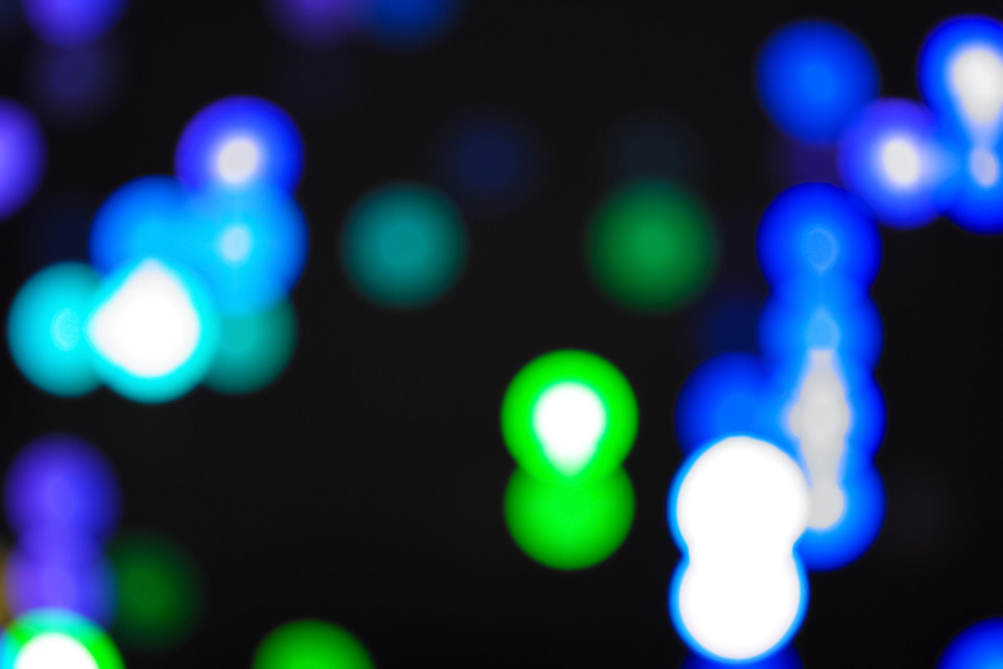 「色鮮やかな光」