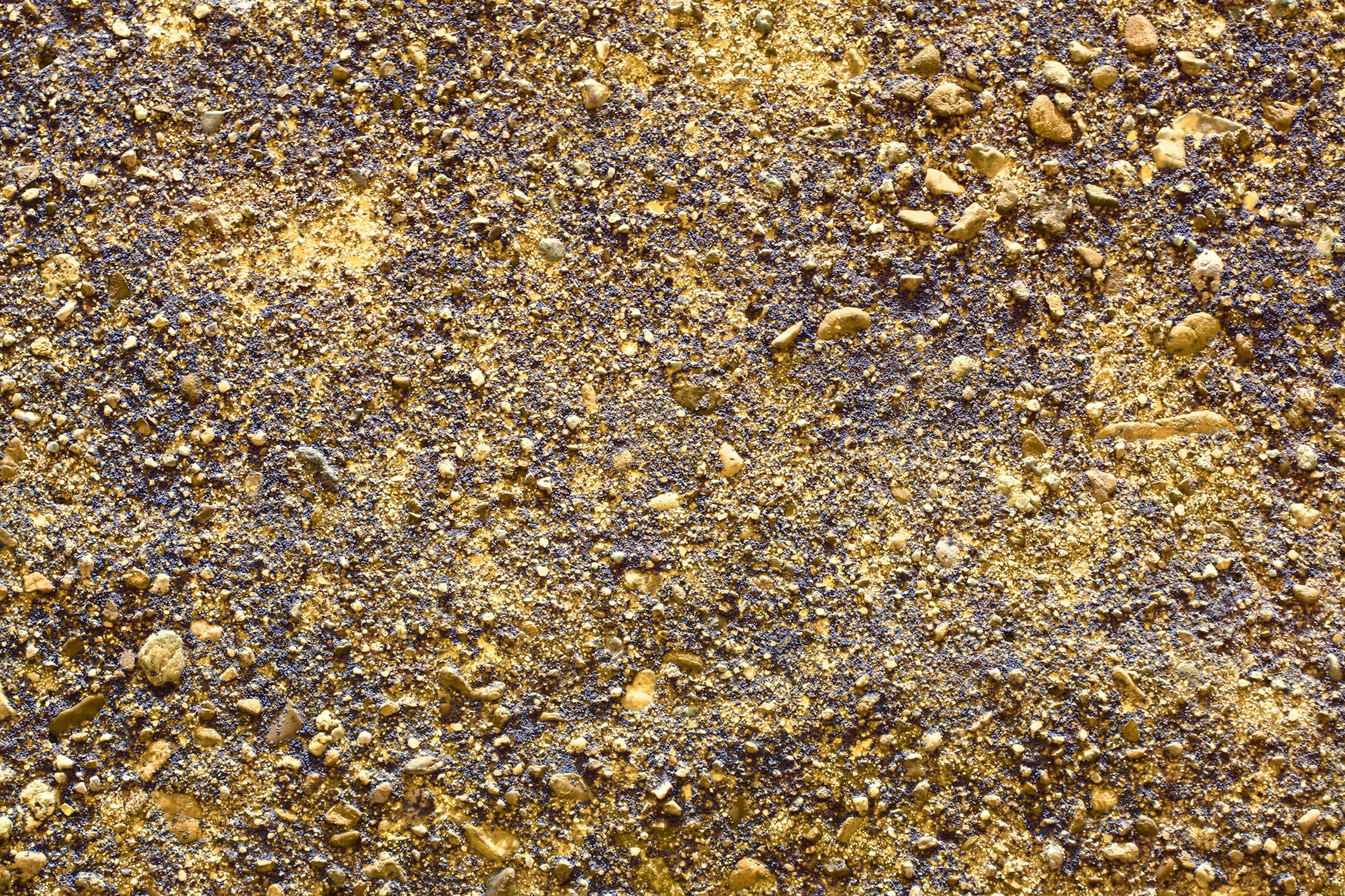 「ゴールドの砂利のようなテクスチャ」