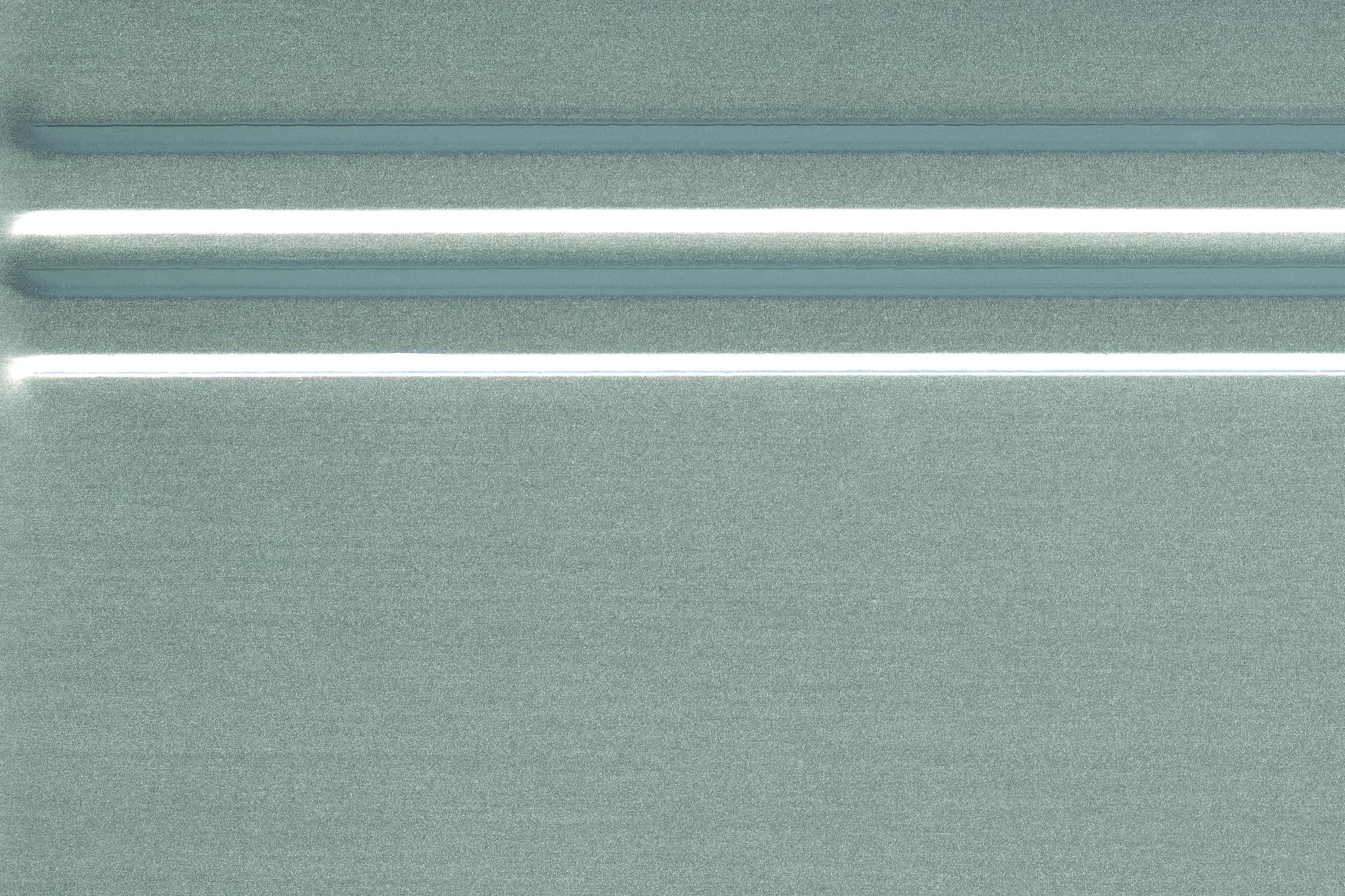 「凹凸のラインがあるステンレス」の画像を無料ダウンロード