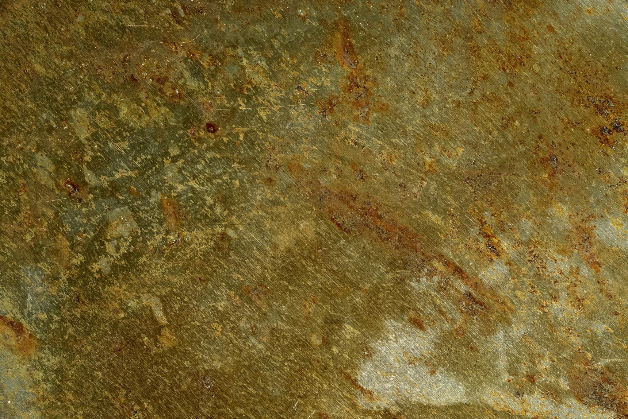 「錆て腐食した金属」の背景を無料ダウンロード