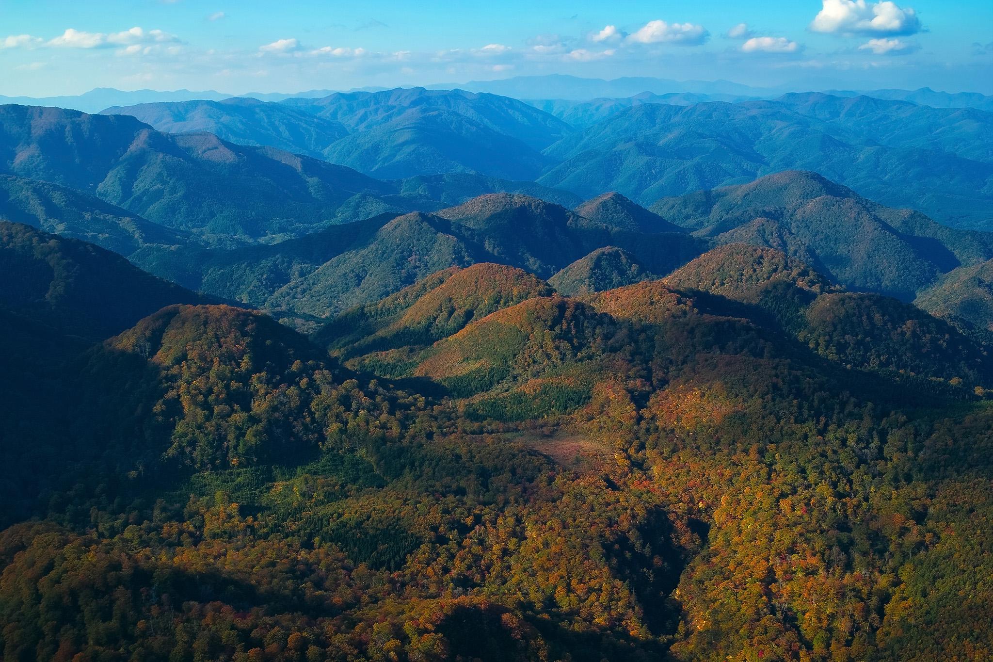「山の風景」の画像を無料ダウンロード