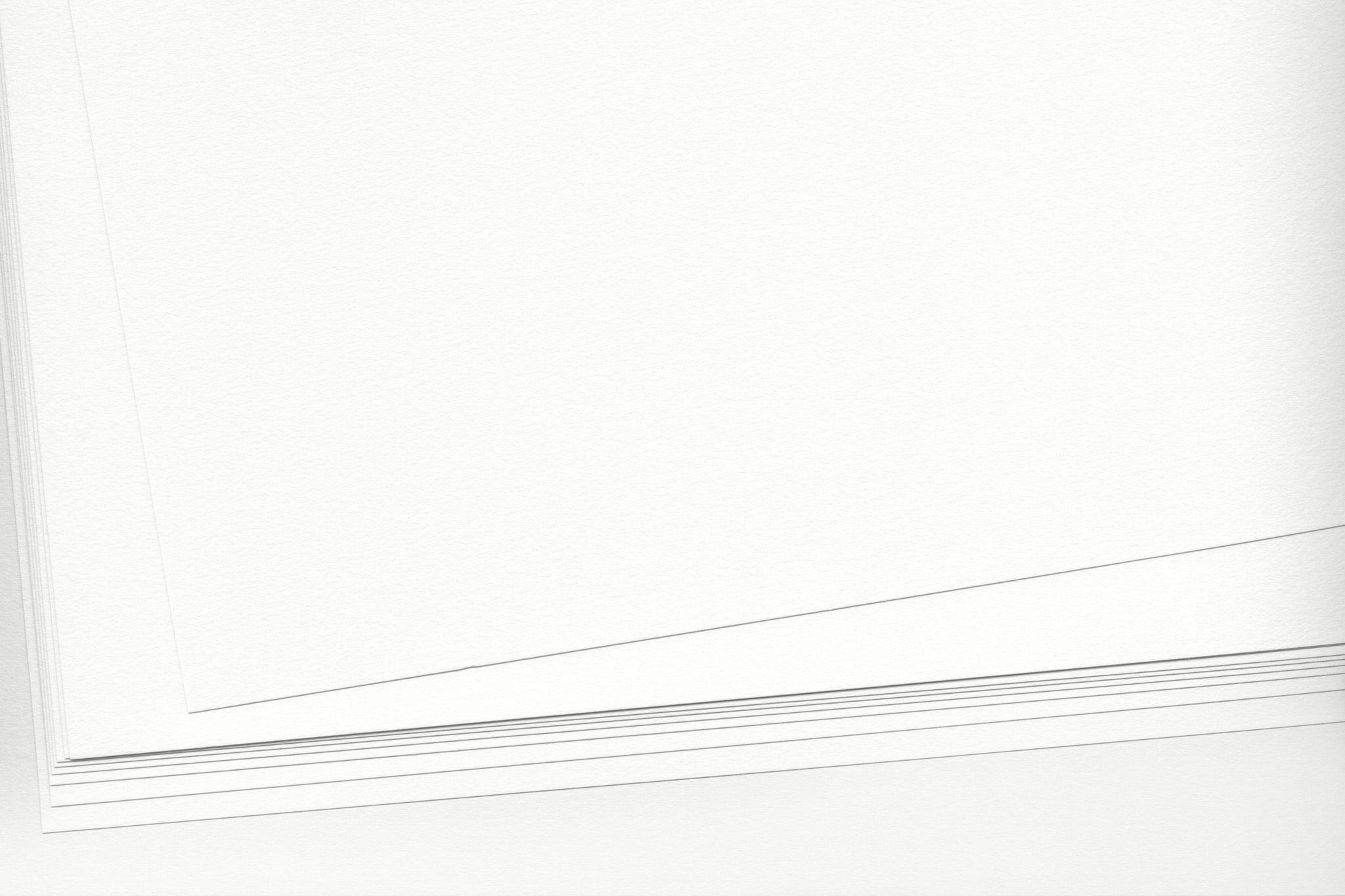 「白い水彩紙のテクスチャ素材」