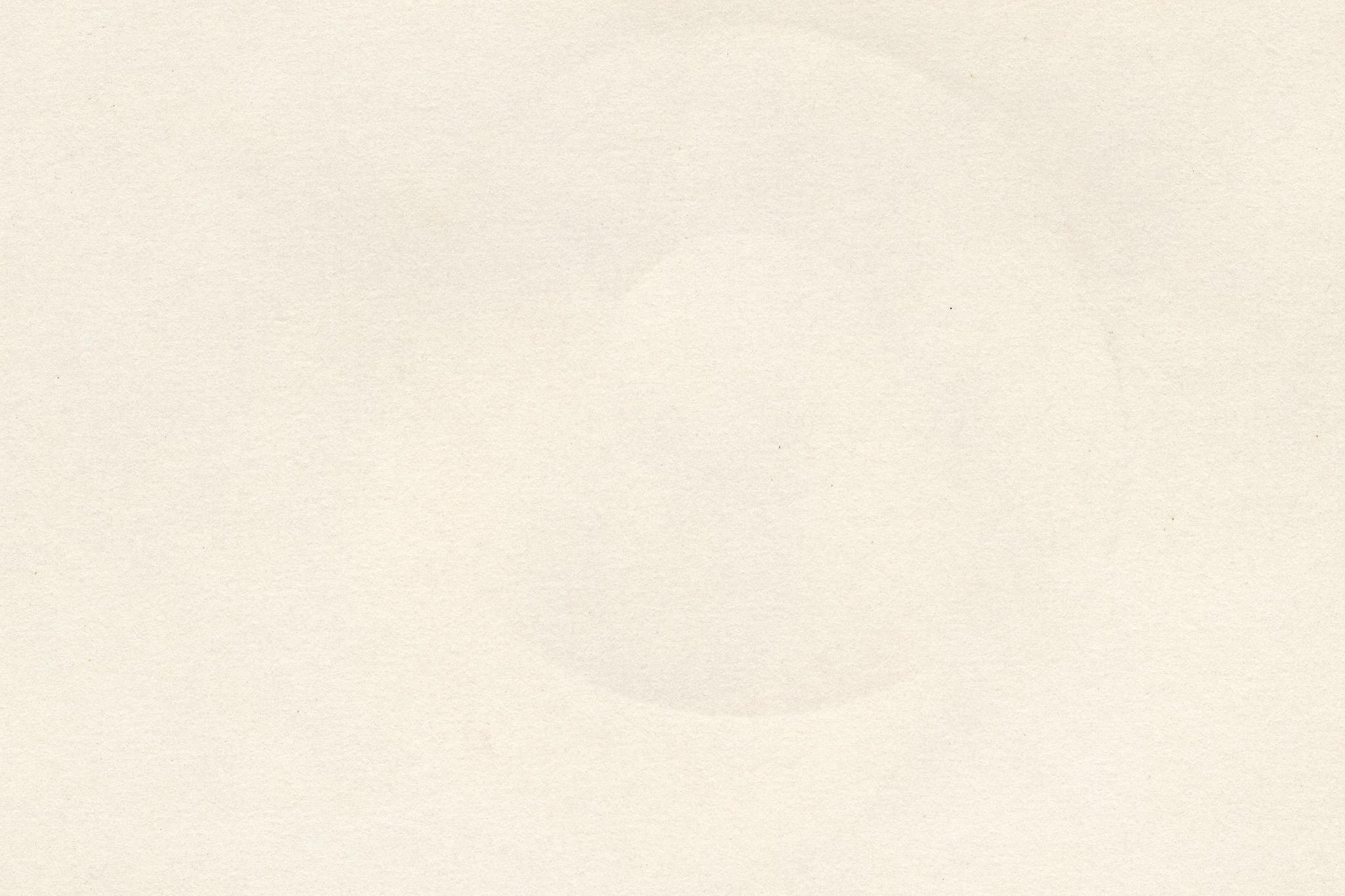 「丸い型がついたコピー用紙」の画像を無料ダウンロード