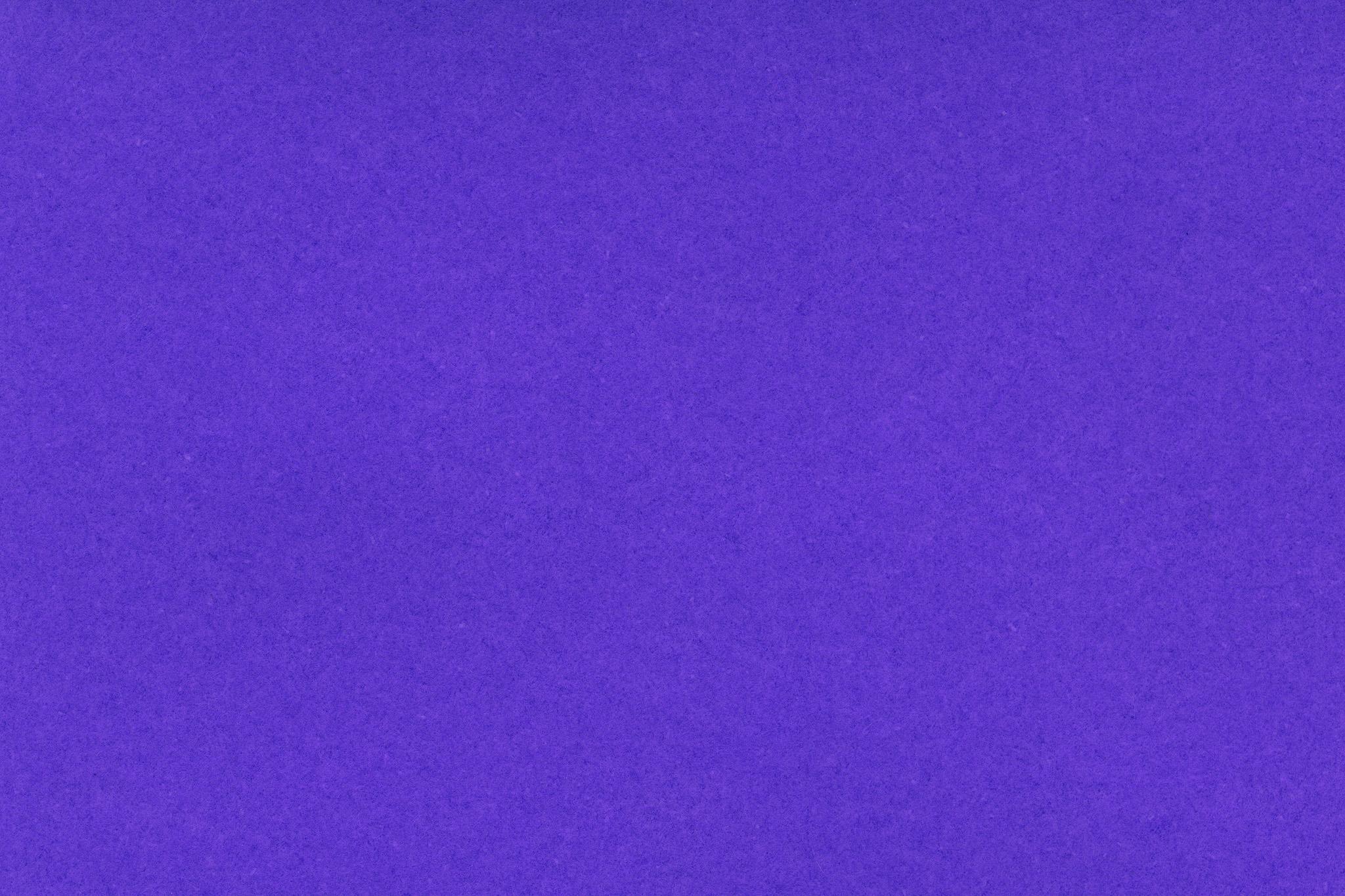 「高級感のある紫色の紙」の画像を無料ダウンロード