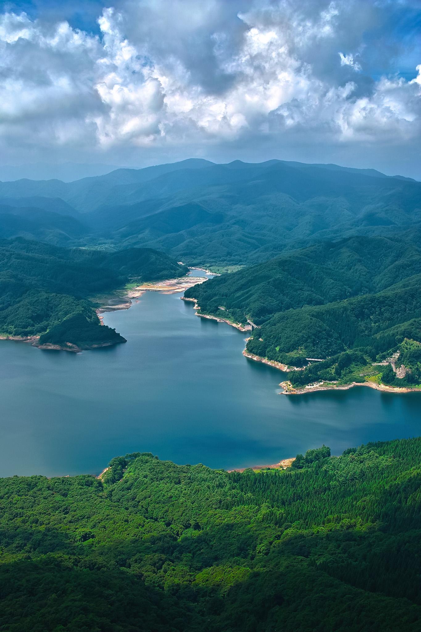 「美しい川の風景」のテクスチャを無料ダウンロード