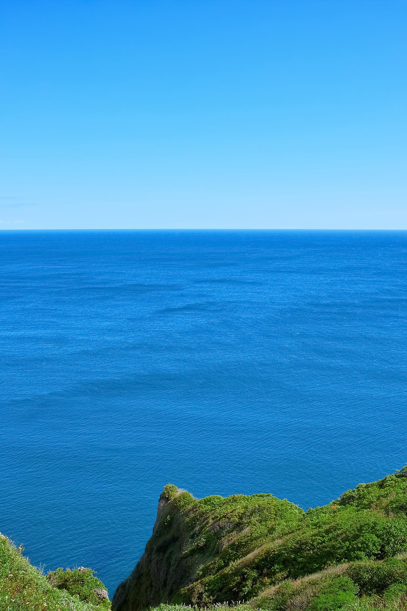 「水平線と岬」の素材を無料ダウンロード