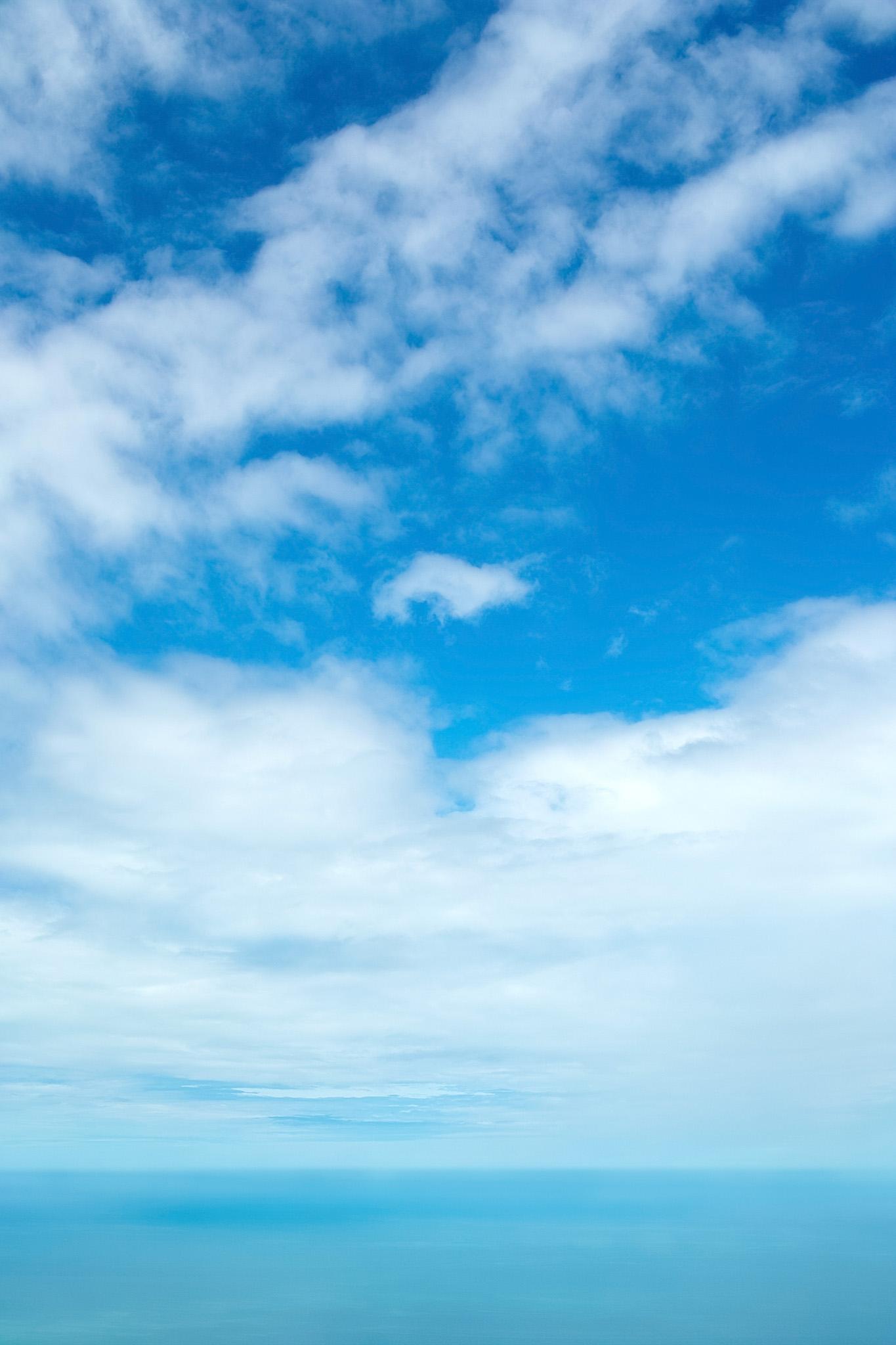 「水平線の向こうの空」