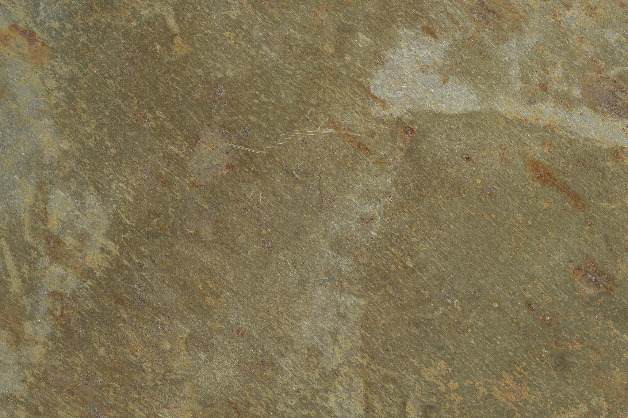 ザラザラとした金属の表面