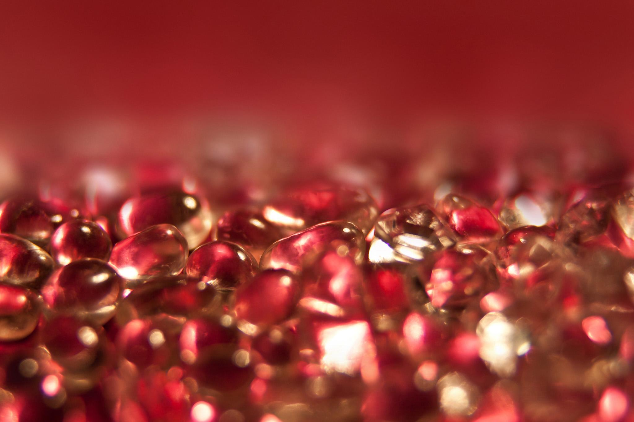 「赤いガラスのキラキラ」