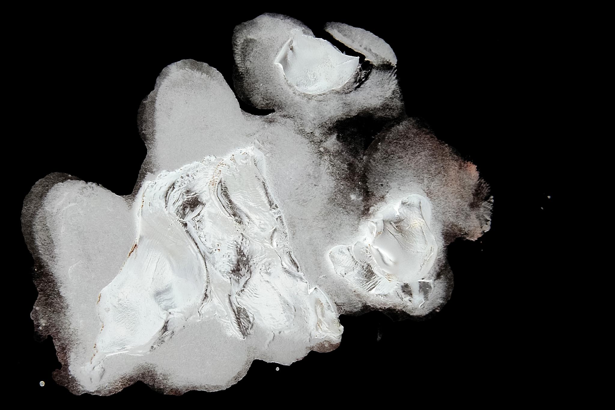 「白い絵具のテクスチャ」