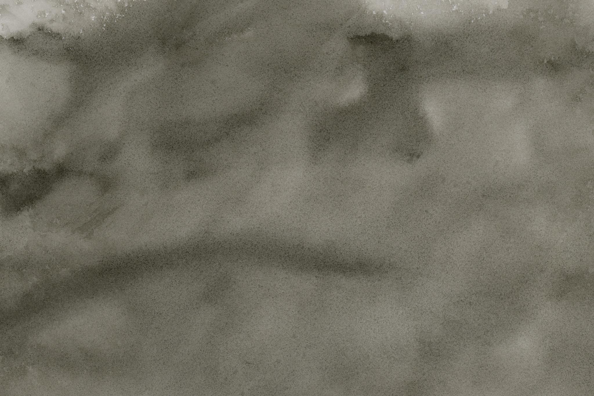 「墨液が紙に滲む和風の背景」