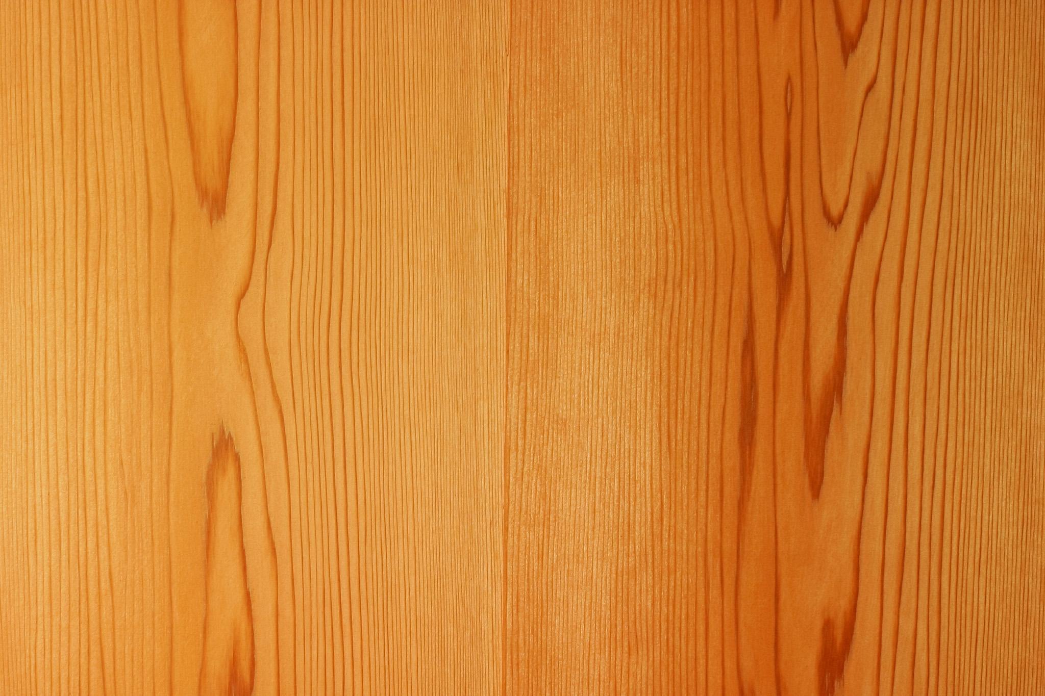 「美しい木目の秋田杉中杢」の素材を無料ダウンロード