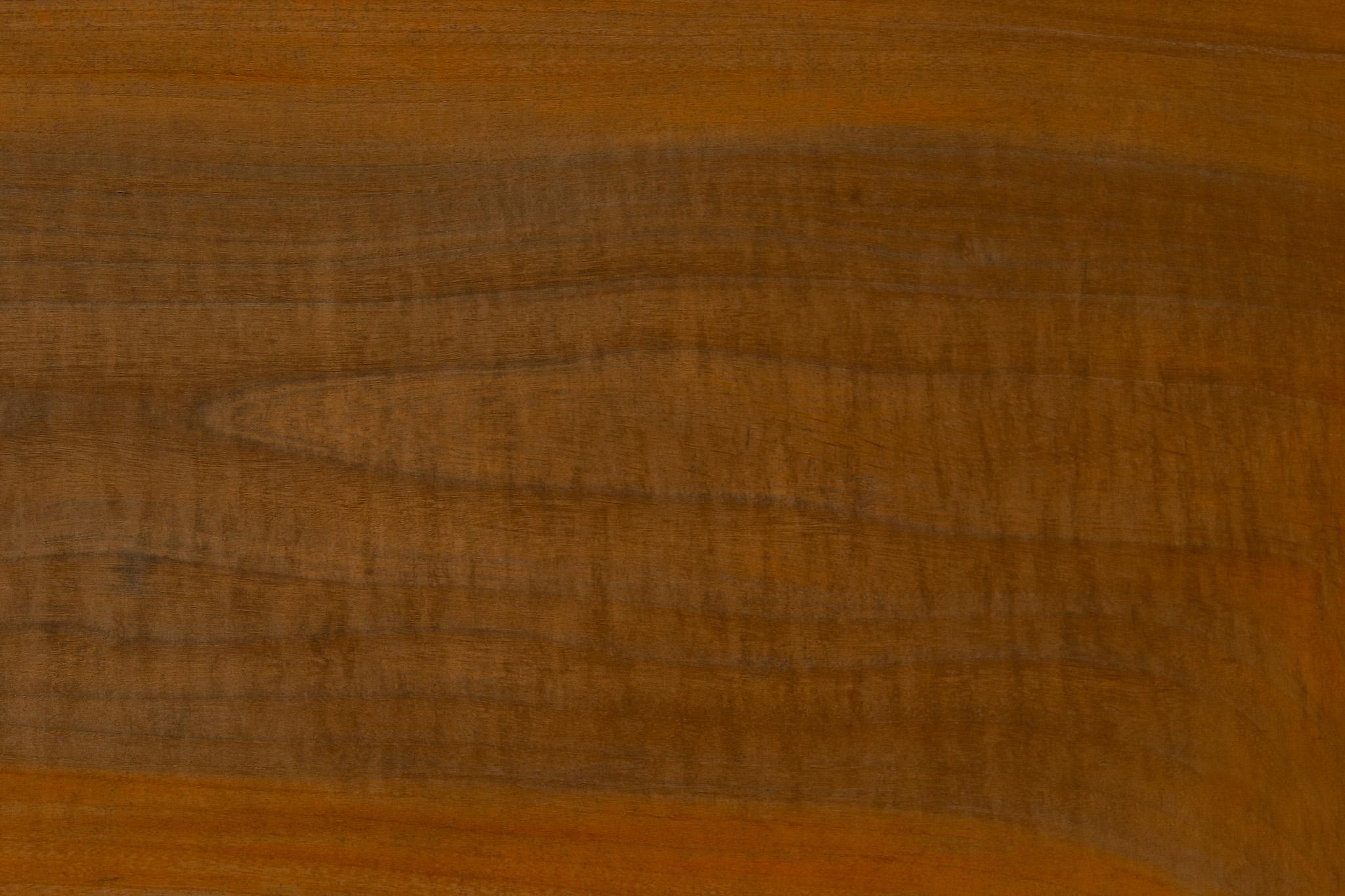 「使い込んだ古い木の板」