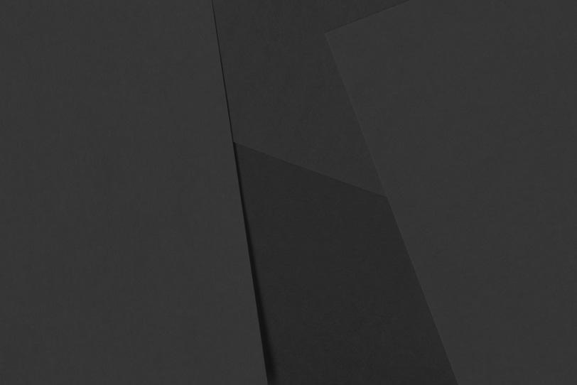 無地黒色のシンプルな背景