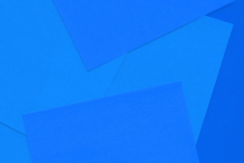 シンプルな青の綺麗な画像