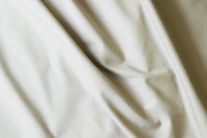 オーガニックな雰囲気の白い布の写真画像
