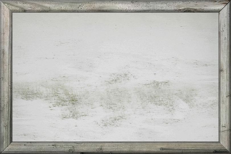 カントリー風の白木の額縁の写真画像