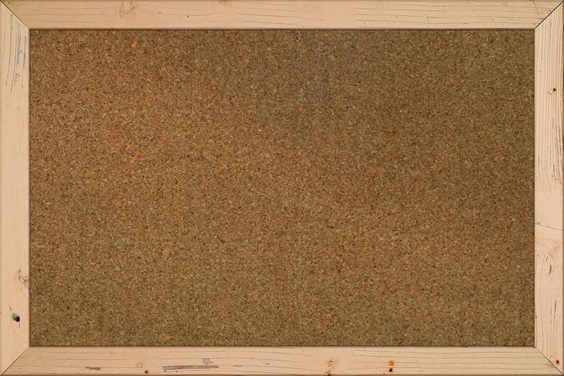 カントリー調の額縁とコルクボードの写真画像
