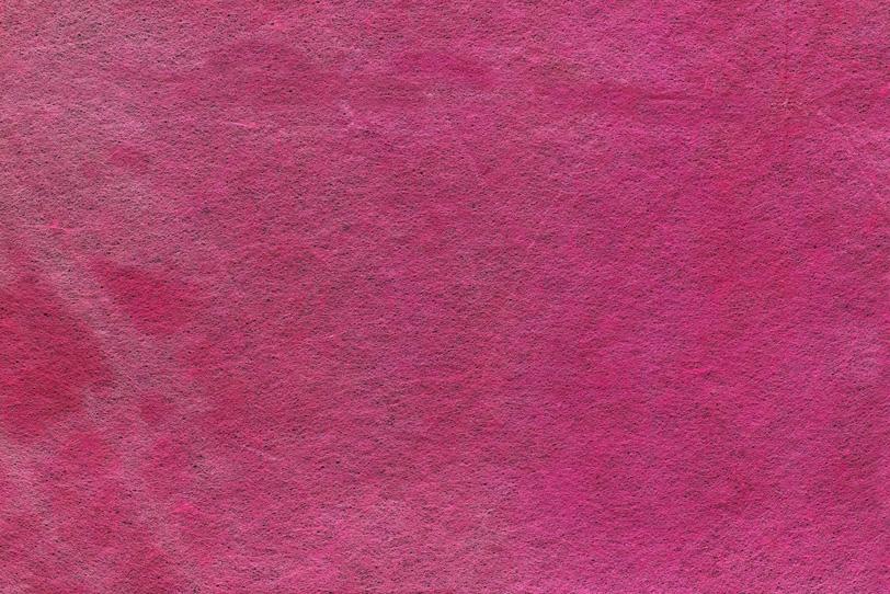 華やかな紅鶸色の和紙の写真画像