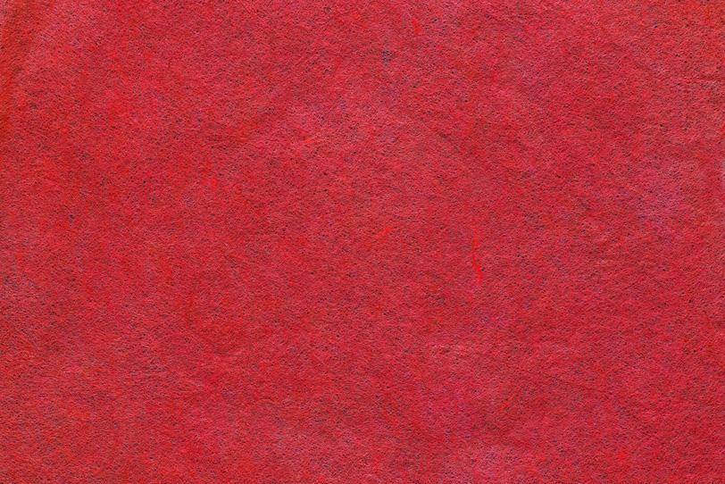 濃染め紅の八塩色の和紙の写真画像