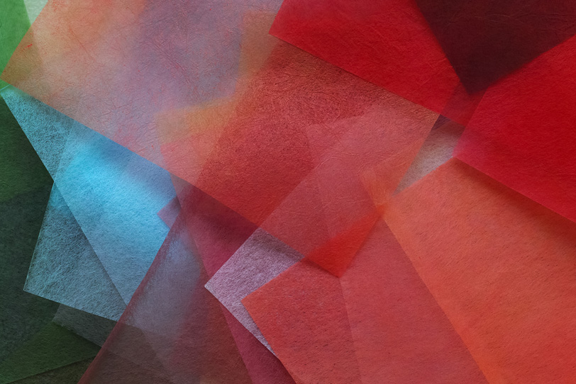 鮮やかな色合いの極薄染和紙の背景の写真画像
