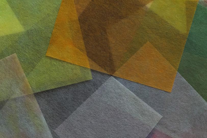 秋山のような色合いの極薄和紙の写真画像