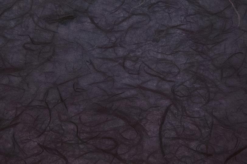 夜空に舞う龍のような和紙の写真画像