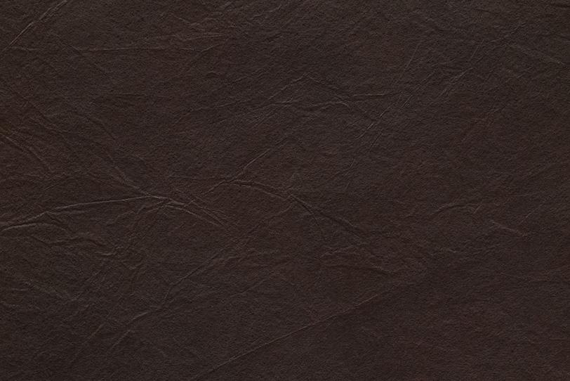黒革のような黒檀色の揉染和紙の写真画像
