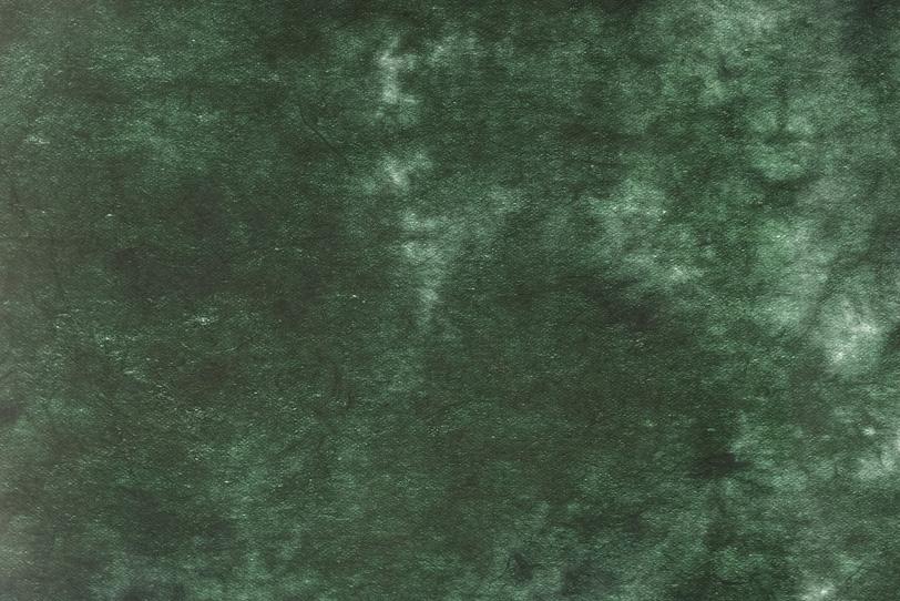 天鵞絨色の濃淡のある揉染和紙の写真画像