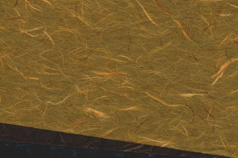 ダーク系の三枚の和紙を重ねた背景の写真画像