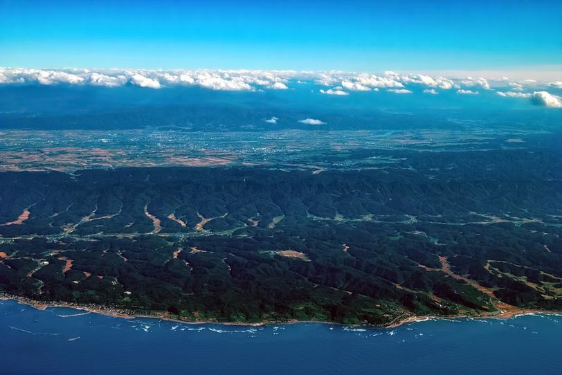 上空から眺める広大な景観の写真画像