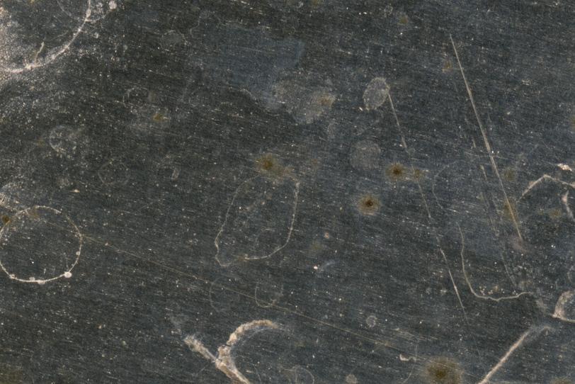 腐食が進む重厚な鉄のテクスチャの写真画像
