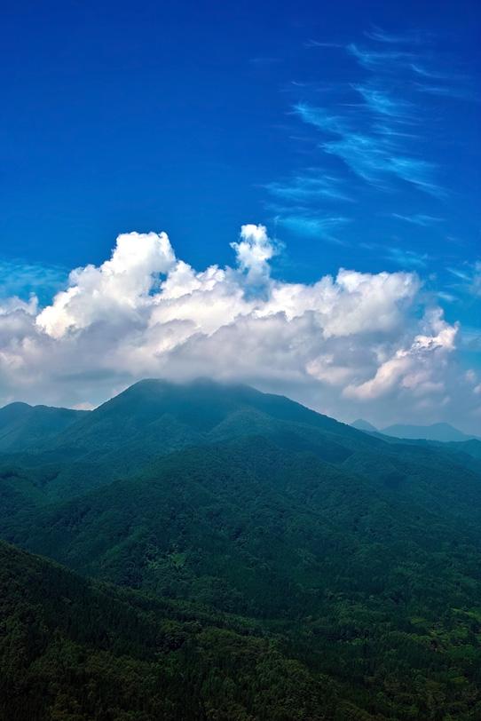 四季の山の写真画像