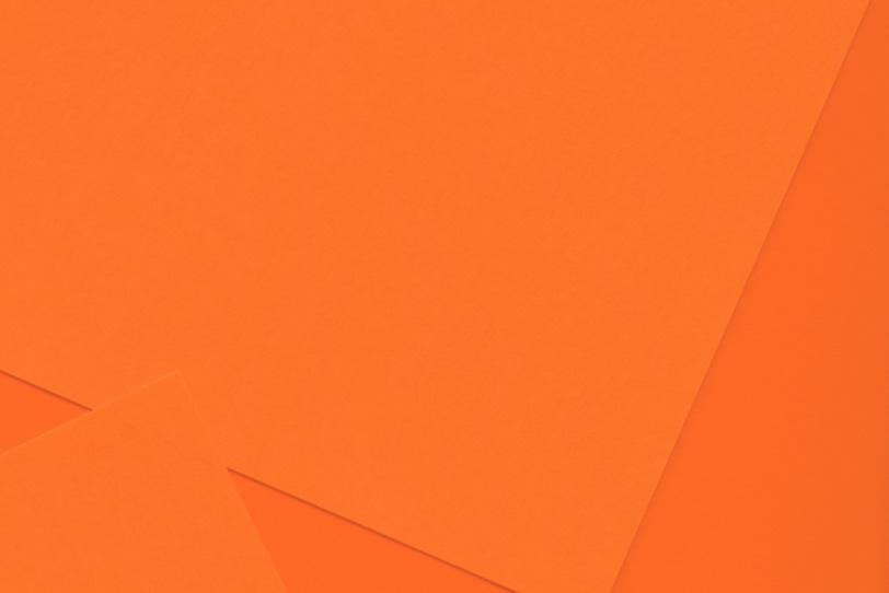 オレンジ色のシンプルなフリー背景