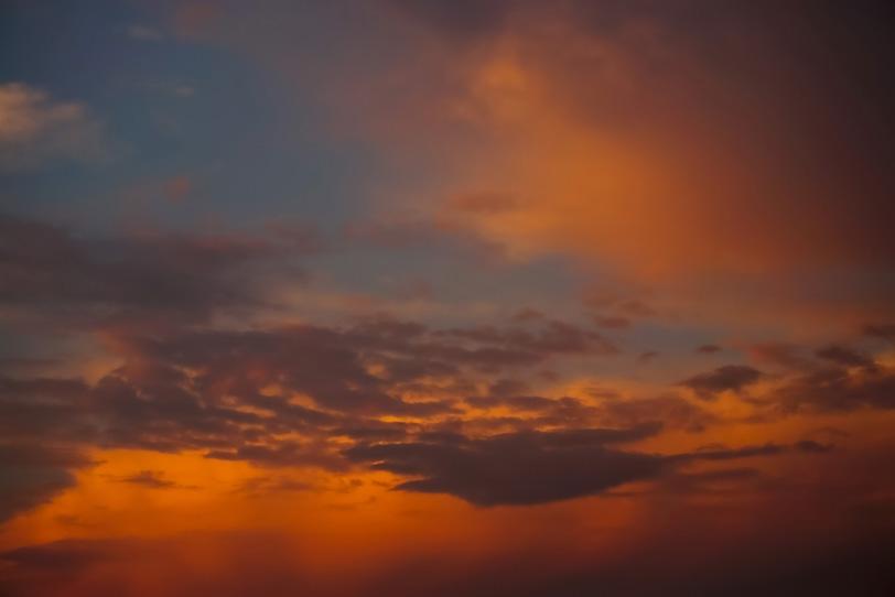 綺麗な情趣あふれる夕焼けの写真画像