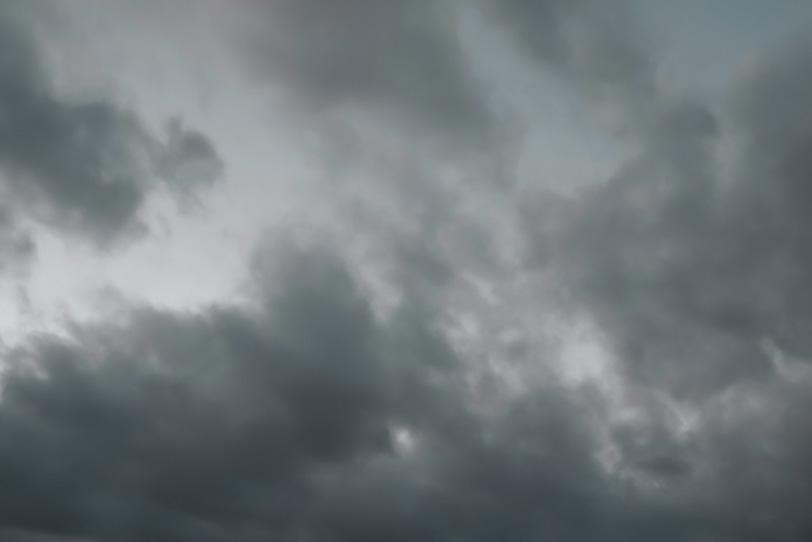 空と様々な雲の写真画像
