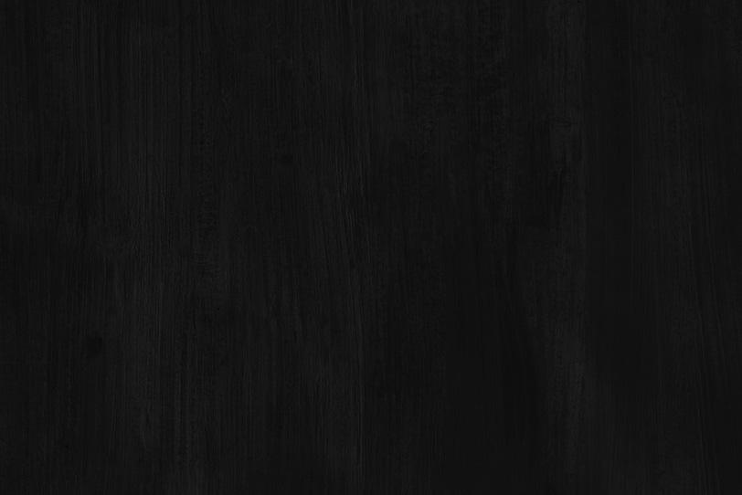 真っ黒に塗った無地の壁紙