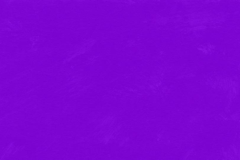 紫の絵具を筆塗りした背景壁紙