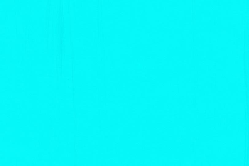 水色のペイントでオシャレな壁紙