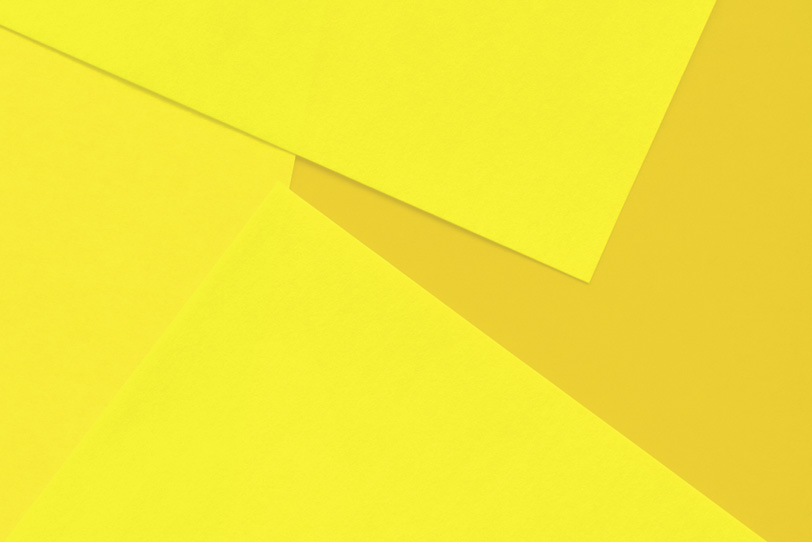 黄色のシンプルなフリー背景