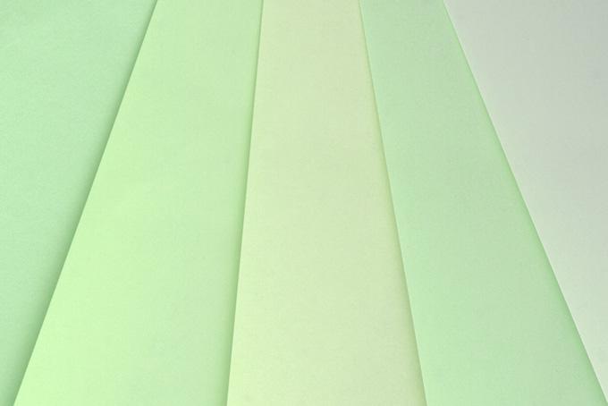 淡いグリーンのバックグラウンド
