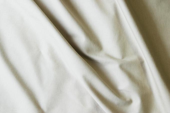 オーガニックな雰囲気の白い布