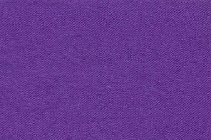 細かい織目の紫色の生地