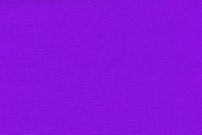 紫色の布地の風合い