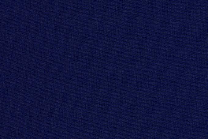 綿とポリエステル素材の濃紺の布地