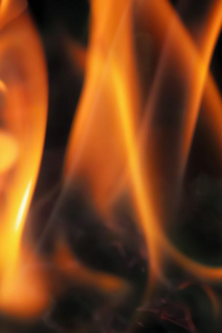 烈火ごとく燃える炎